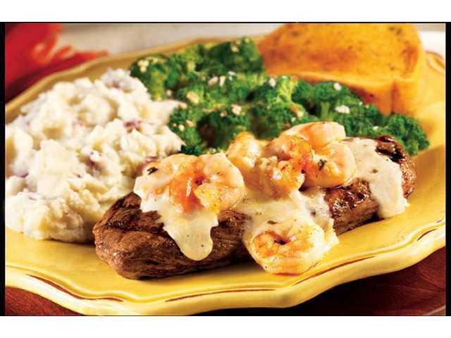Review: Applebee's Shrimp 'N Parmesan Steak - Yahoo! Voices.