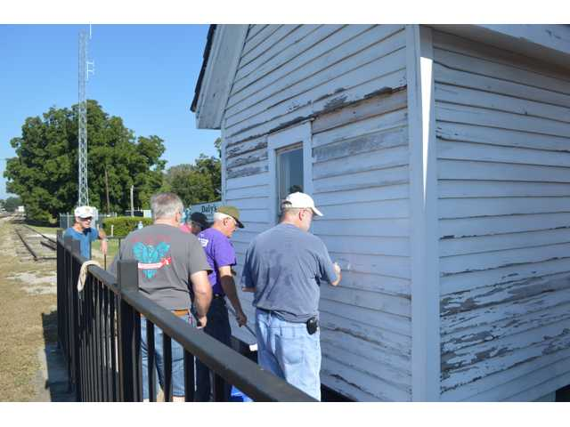 Kiwanis members make old milkhouse new again