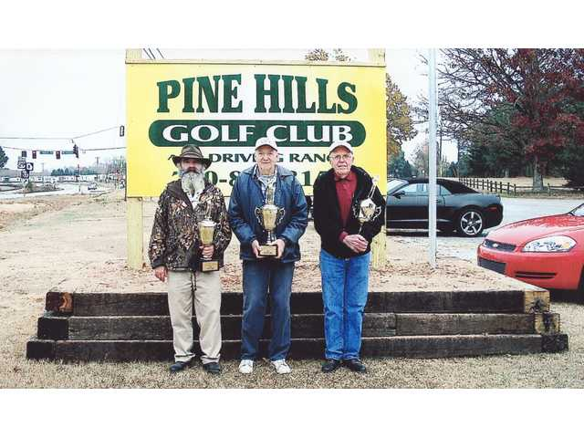 Seniors of mettle get golf medals