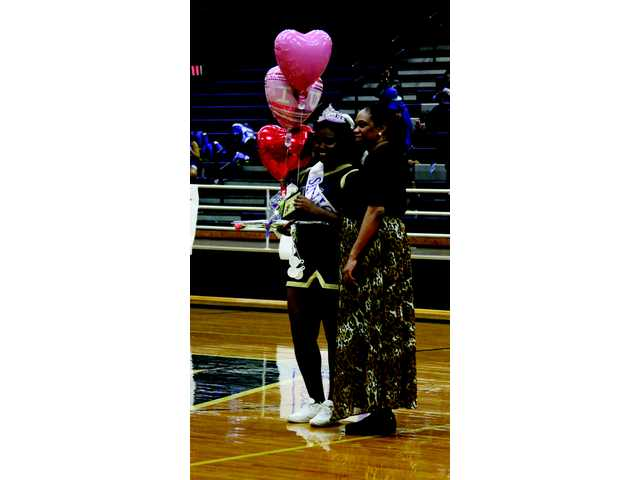 PHOTO SPECIAL: Apalachee celebrates Senior Night