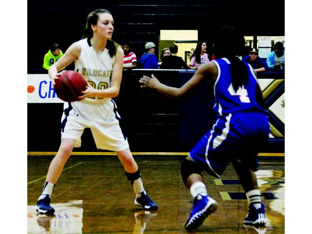 Lady Cats let win slip away in the end