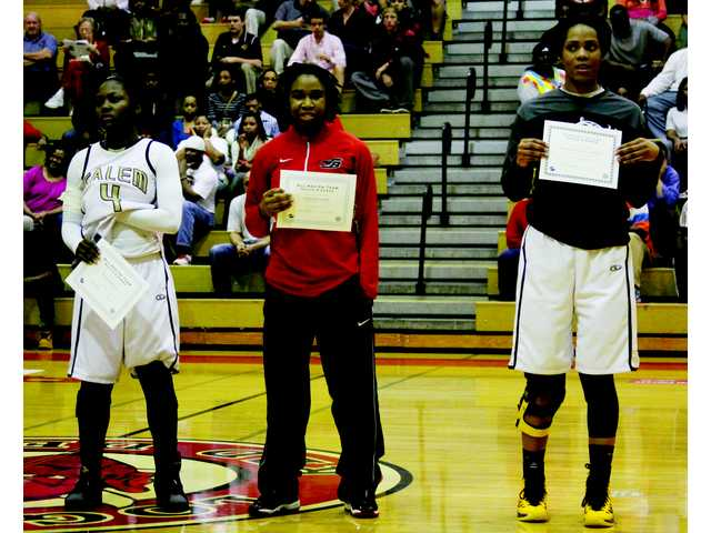 Three Barrow hoops athletes honored by Region 8-AAAAA