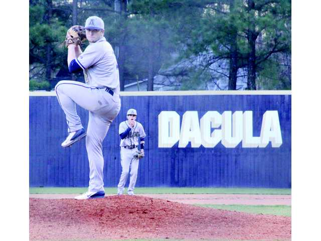 Wildcat baseball sweeps Gwinnett