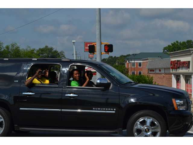 Winder holds limo parade for Camp Oo-U-La