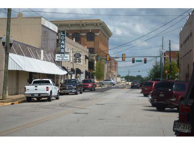 Winder DDA looking for solutions to downtown parking issues