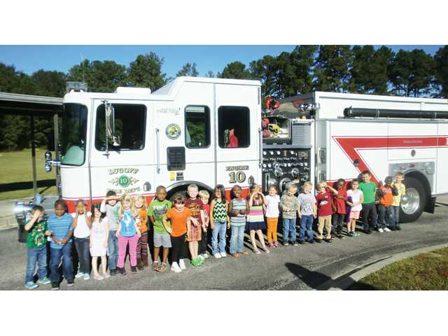Lugoff Fire crews teach Fire Prevention