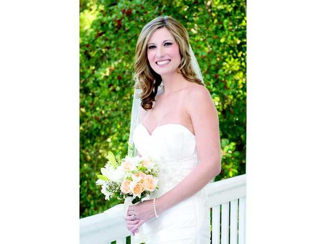 Miss Kate Nicole Prestage weds Mr. David Russell Poplin, Junior