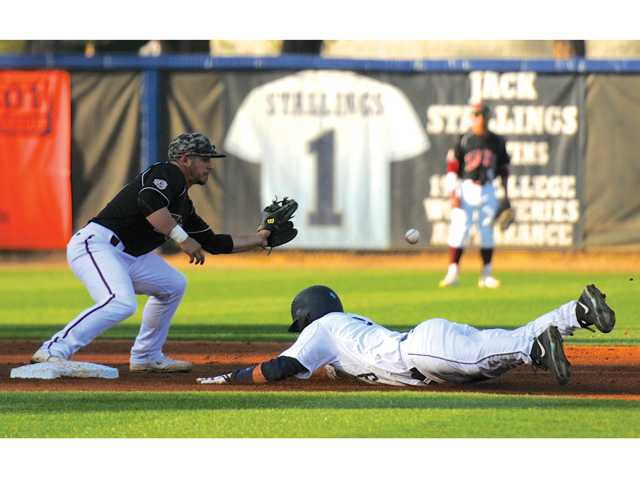 Eagle baseball snaps losing streak