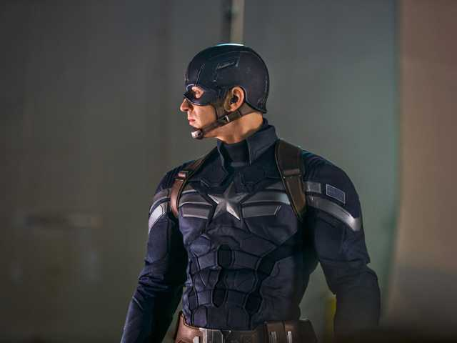 'Captain America' flexes in theaters