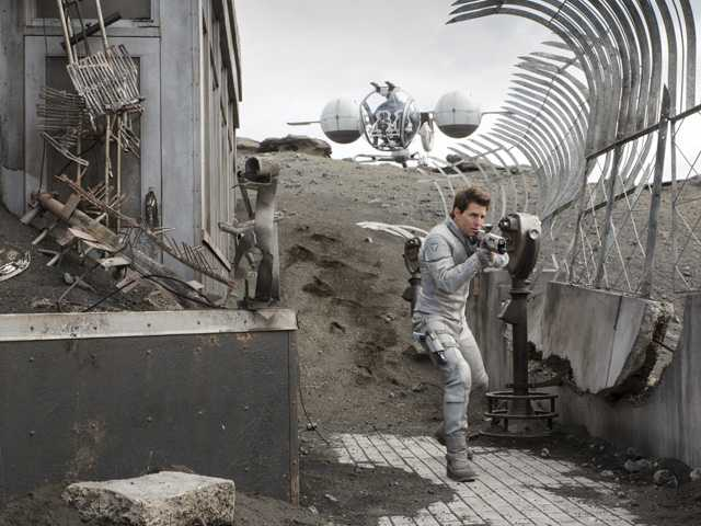 Sci-fi thriller 'Oblivion'  tops box office sales