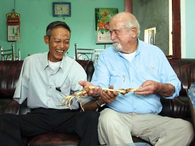 Weird News: Doc returns Vietnamese vet's arm