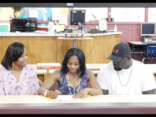Fye signs with Southern Wesleyan