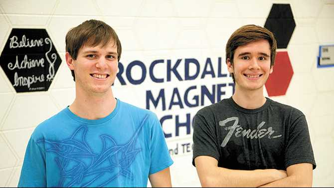 Magnet valedictorian, salutatorian thrived in family-like atmosphere
