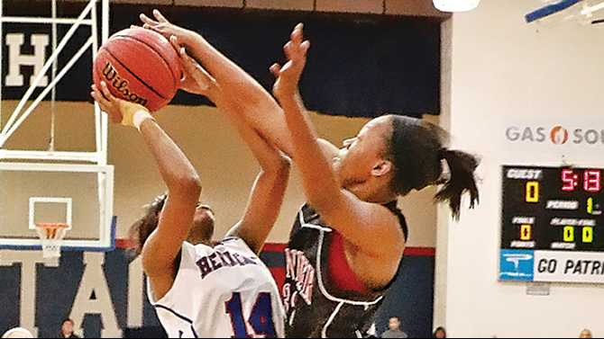 Lady Patriots win; boys extend streak