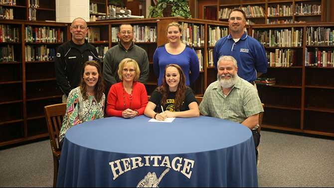 Dunlop signs with Piedmont College