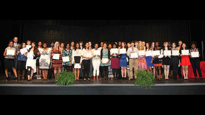 Top Ten: Superintendent's Academic Scholars and Honor Teachers recognized