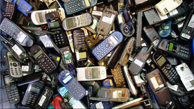 Cell phone recycling drive for domestic violence shelter