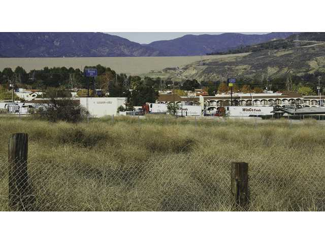 Owner fights for county approval to build Castaic hotel