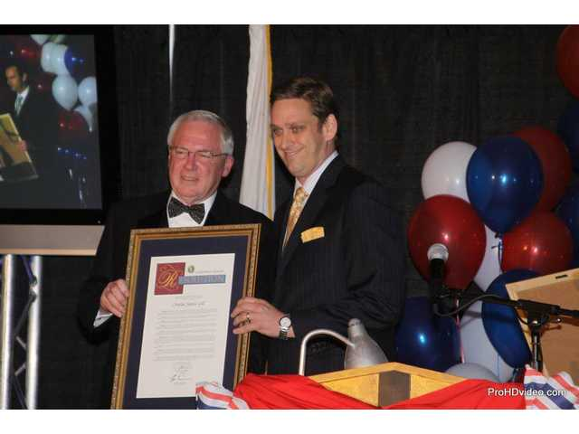 SCV Chamber of Commerce inducts new chair