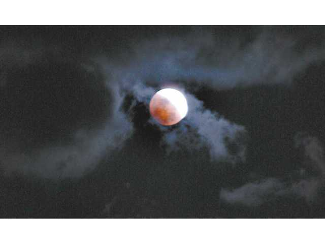 Weather Clears for Total Lunar Eclipse