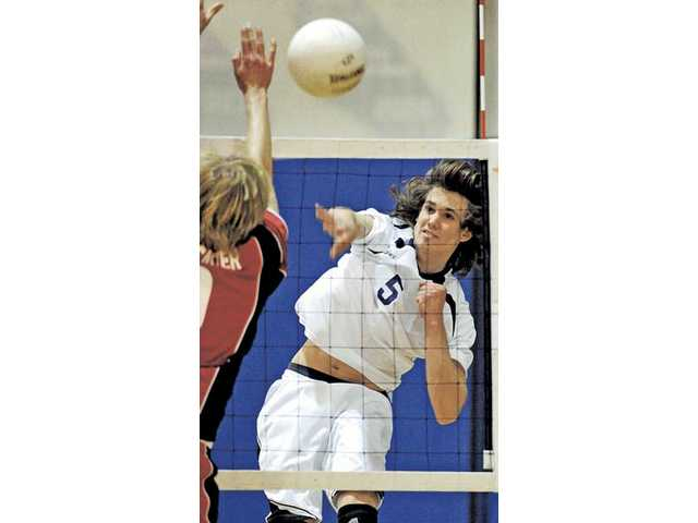 Boys volleyball: Saugus starts season off right