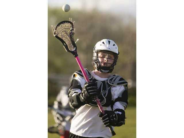 Lacrosse sweeps Santa Clarita