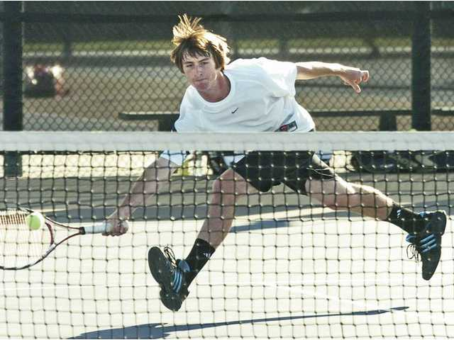 Boys tennis: Pairing troubles