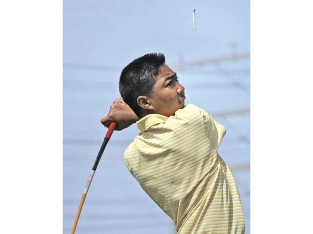 Foothill golf: Foothill fight to the finish