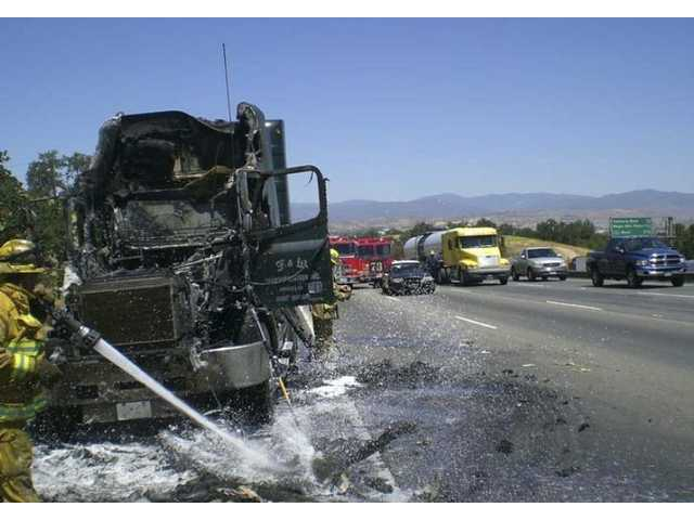 Engine fire slows traffic on I-5