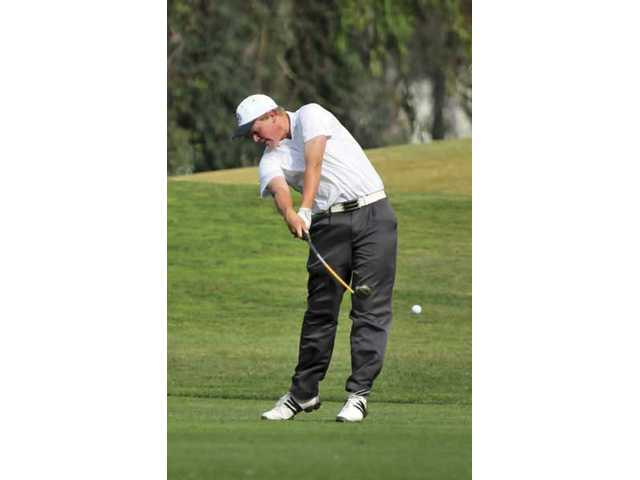 Hail suspends play at CIF/SCGA tourney
