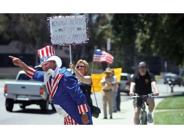 Minutemen rally in Santa Clarita