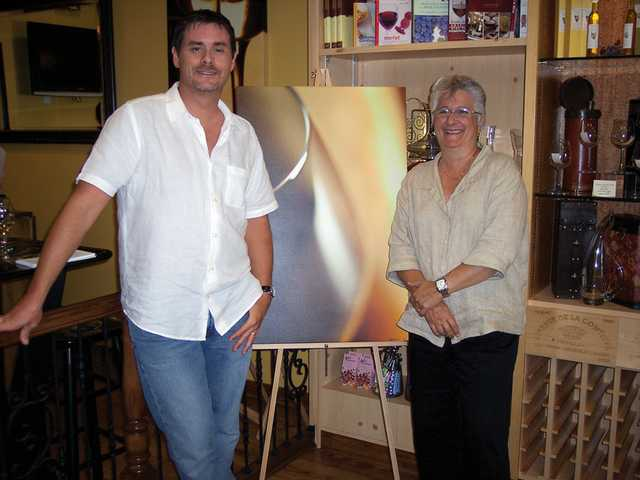 Castaic resident displays his art at Vino 100