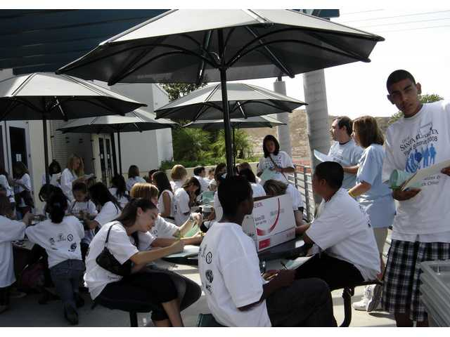 SCV junior highs build bridges