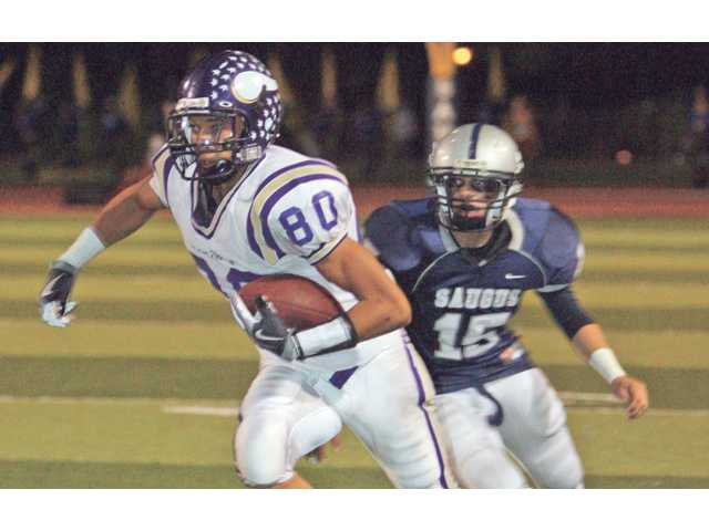 Simply dominant: Valencia routs Saugus