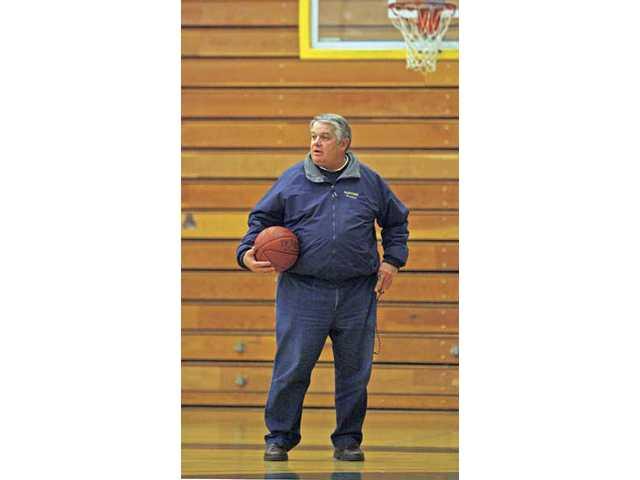COC women's hoops coach Greg Herrick: The map to a milestone