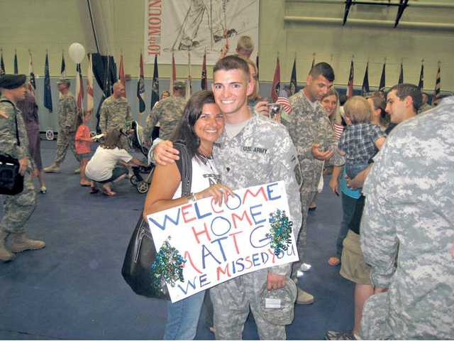 Solider celebrates homecoming