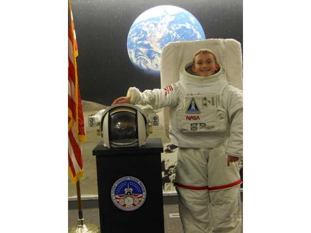 Valencia student completes Cosmosphere astronaut training program