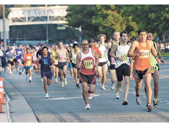 Marathon takes scenic route Sunday; traffic detoured