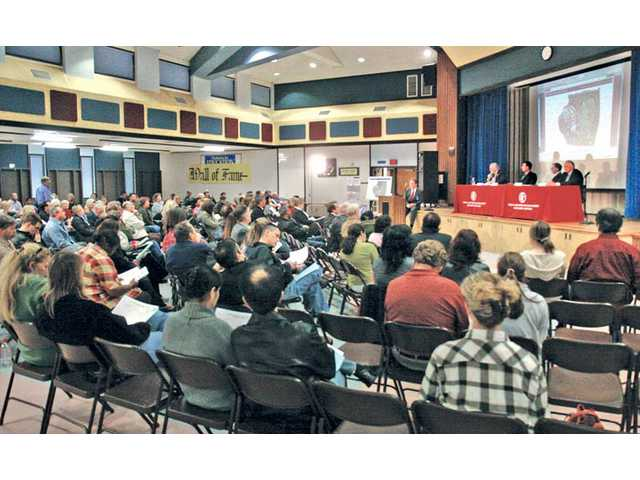 Castaic community discusses proposed high school