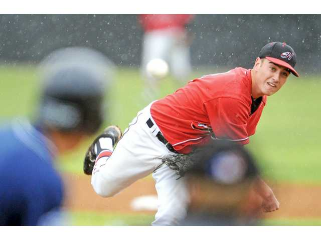 Foothill League baseball: Rain doesn't dampen Hart
