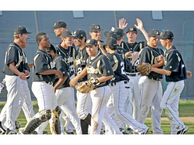 Foothill League baseball: Grizzlies even it out