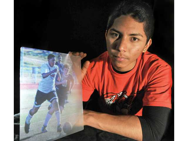 All-SCV Boys Soccer POY Uriel Rodriguez: Dual Returns