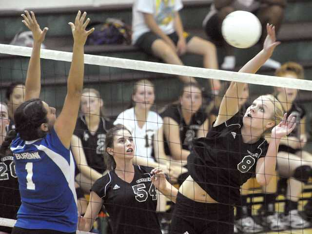 Prep volleyball: Being clutch early