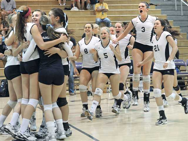 Foothill girls volleyball: Opening with a bang