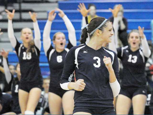 Foothill girls volleyball: Saugus' D leads to O
