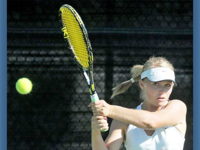 Foothill tennis: Wildcats take a giant step