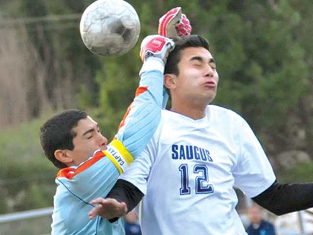 Foothill League boys soccer: Saugus finds number one