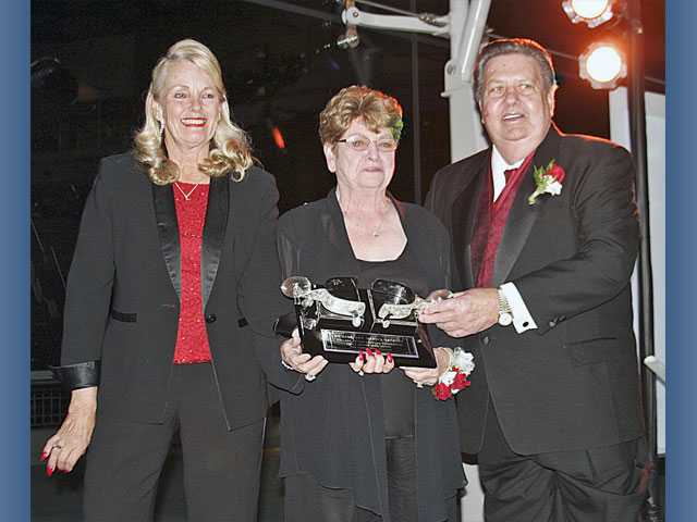 Sandneses receive Silver Spur