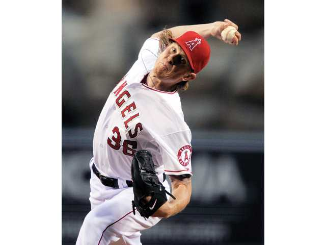 MLB: Weaver pitches no-hitter, Angels beat Twins 9-0 