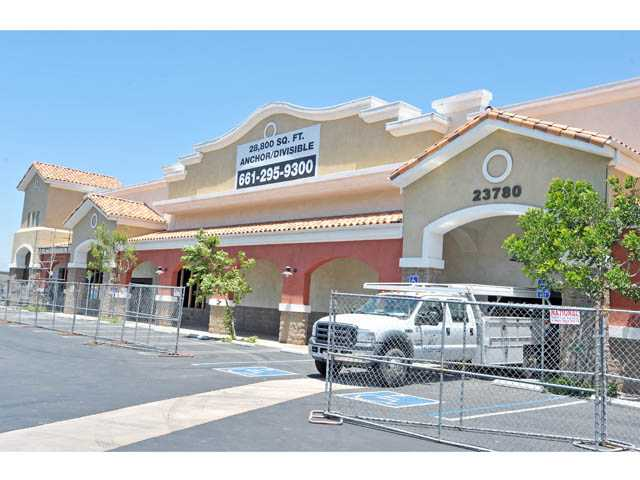 Dollar Tree OK'd for Newhall retail center